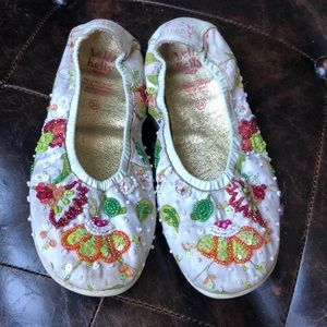 Lelli Kelly beaded embroidered flats size 34/ 3